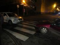 Při srážce tří aut v Uherském Hradišti bylo zraněno jedno dítě