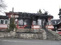 Policie obvinila z požáru Libušína muže z Karvinska