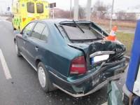 Dvě děti skončily po nehodě na pozorování v nemocnici