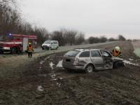 Po střetu vozidel skončil jeden z řidičů v nemocnici