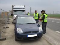 Policisté dovybavovali vozidla reflexními vestami
