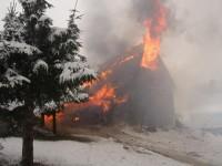Plameny zničily zrekonstruovanou chatu